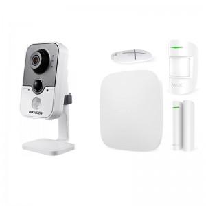 Комплект сигнализации Ajax StarterKit white + IP-видеокамера Hikvision DS-2CD2420F-IW цена