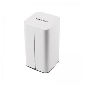 8-канальный сетевой видеорегистратор Hikvision DS-7108NI-E1/V/W  цена